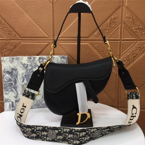 Christian Dior AAA Quality Messenger Bags For Women #791560 $93.12, Wholesale Replica Christian Dior AAA Quality Messenger Bags