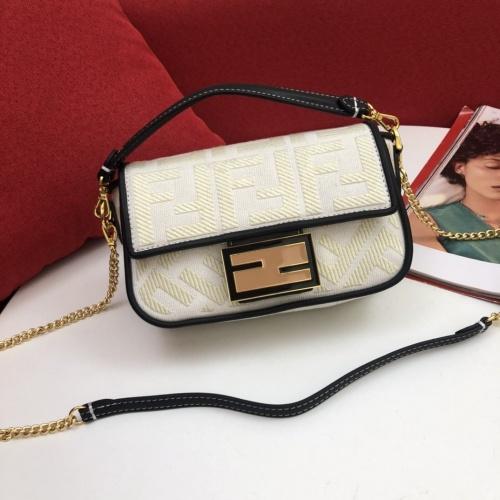 Fendi AAA Messenger Bags For Women #791574