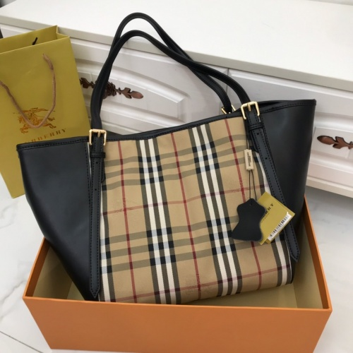 Replica Burberry AAA Handbags For Women #791608 $93.12 USD for Wholesale