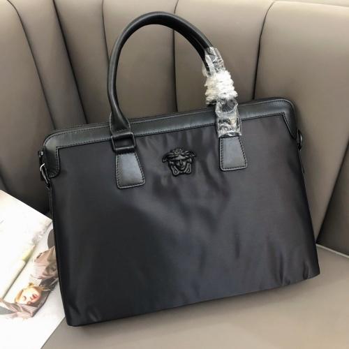 Versace AAA Man Messenger Bags #791928