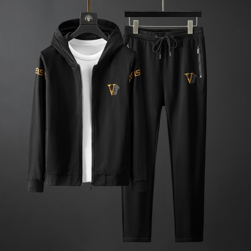 Versace Tracksuits Long Sleeved Zipper For Men #792018