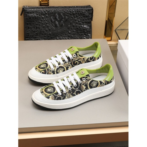 Versace Casual Shoes For Men #792253