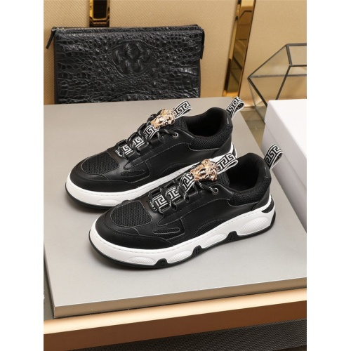 Versace Casual Shoes For Men #792256