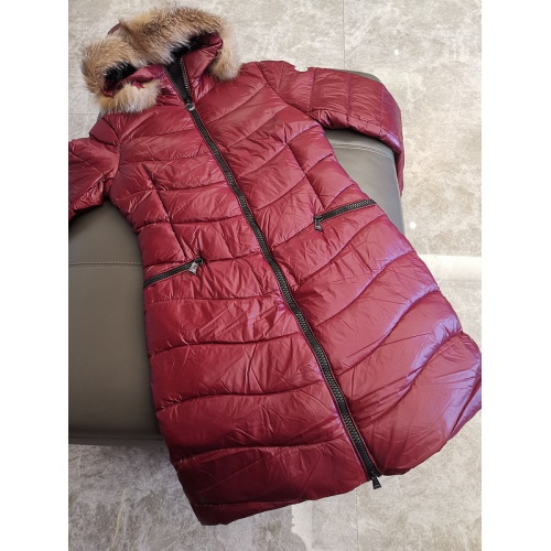 Moncler Down Feather Coat Long Sleeved Zipper For Women #793188