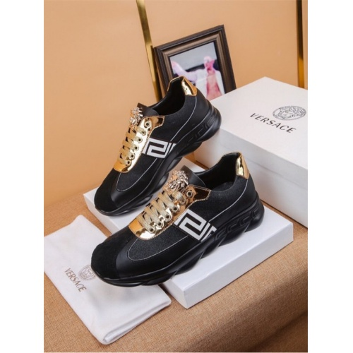 Versace Casual Shoes For Men #794147