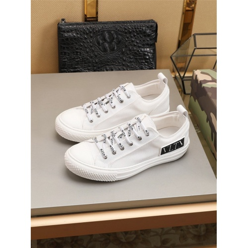 Valentino Casual Shoes For Men #794219