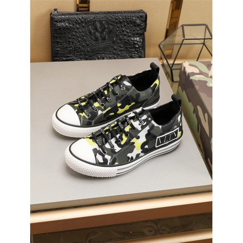 Valentino Casual Shoes For Men #794222