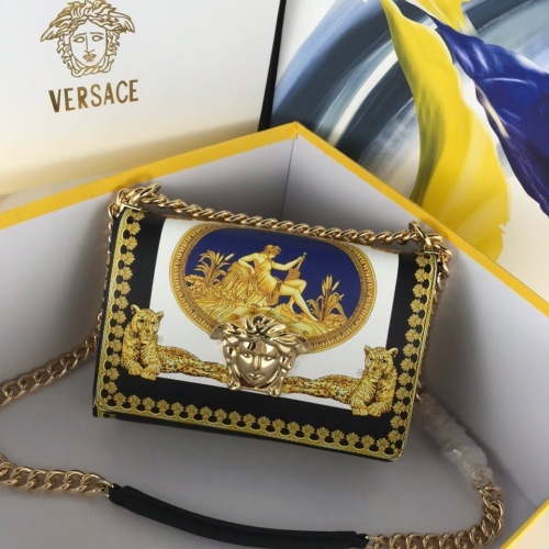 Versace AAA Quality Messenger Bags For Women #794704