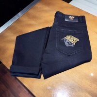$46.56 USD Versace Jeans Trousers For Men #789291