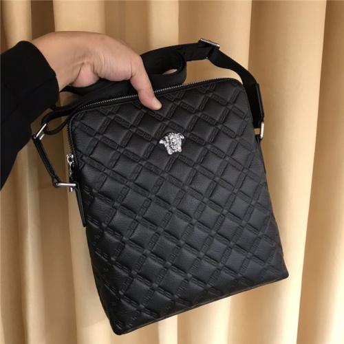 Versace AAA Man Messenger Bags #794877