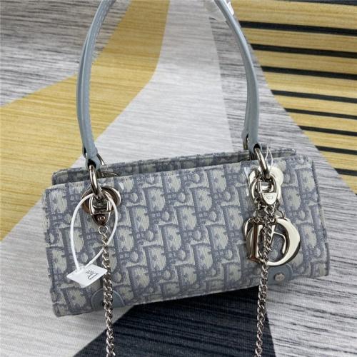 Christian Dior AAA Quality Handbags For Women #794899