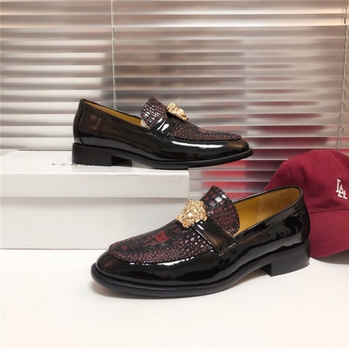 Versace Casual Shoes For Men #795029