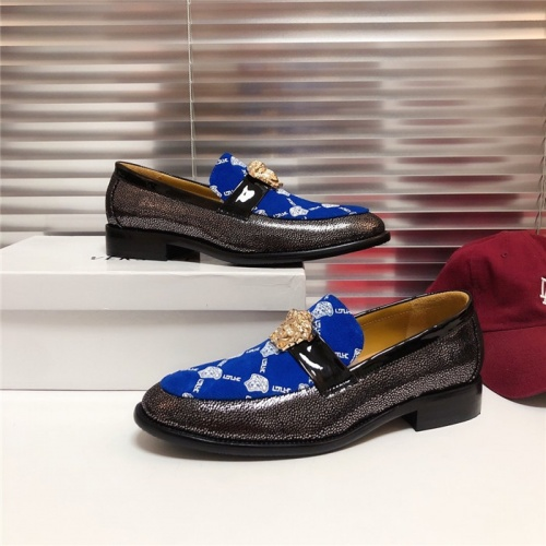 Versace Casual Shoes For Men #795030