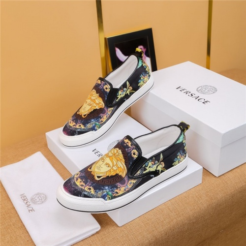 Versace Casual Shoes For Men #795131