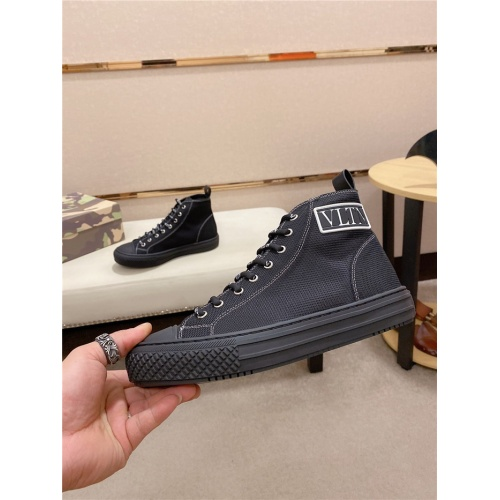 Valentino High Tops Shoes For Men #795177