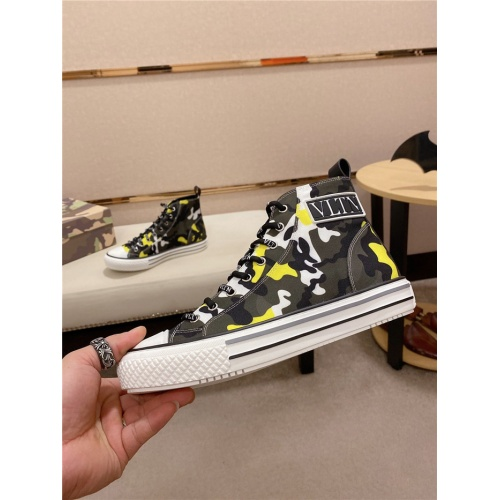 Valentino High Tops Shoes For Men #795178
