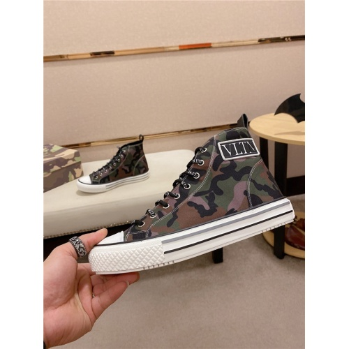 Valentino High Tops Shoes For Men #795179