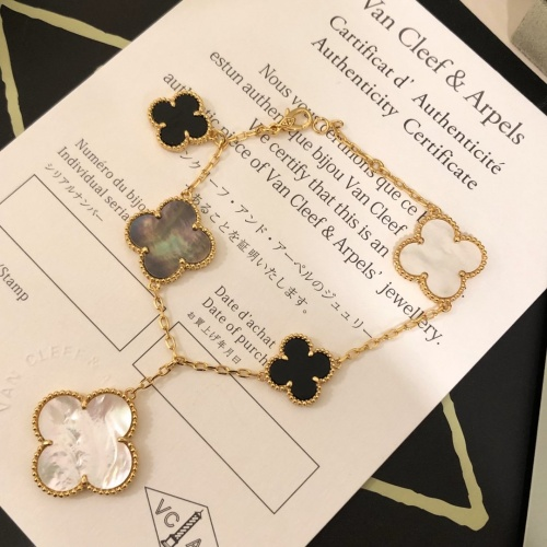Van Cleef & Arpels Bracelets #795283 $40.74 USD, Wholesale Replica Van Cleef & Arpels Bracelets