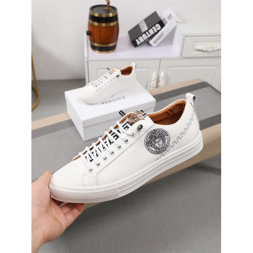 Replica Versace Casual Shoes For Men #795377 $73.72 USD for Wholesale