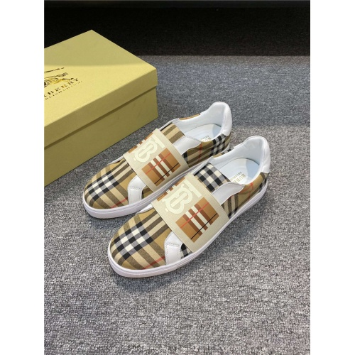 Burberry Casual Shoes For Men #795464
