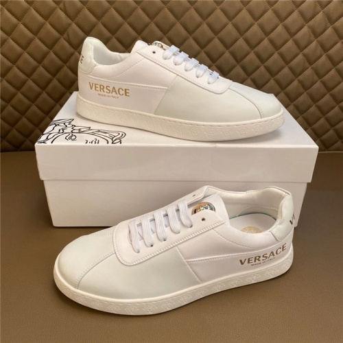 Versace Casual Shoes For Men #795930