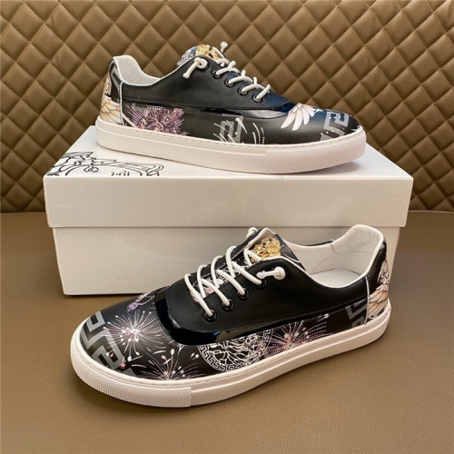Versace Casual Shoes For Men #795938
