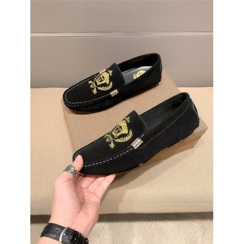 Versace Casual Shoes For Men #796007