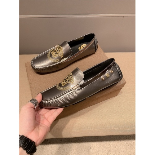 Versace Casual Shoes For Men #796014