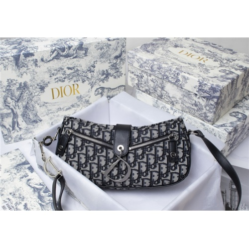 Christian Dior AAA Quality Messenger Bags For Women #796074