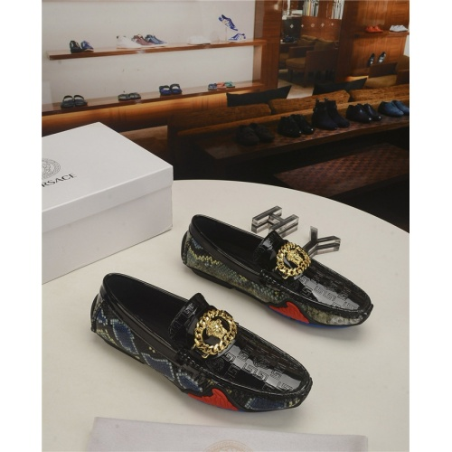 Versace Casual Shoes For Men #796642