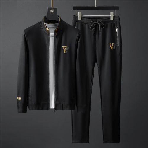 Versace Tracksuits Long Sleeved Zipper For Men #796837