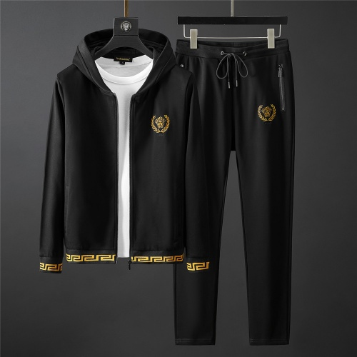 Versace Tracksuits Long Sleeved Zipper For Men #796839