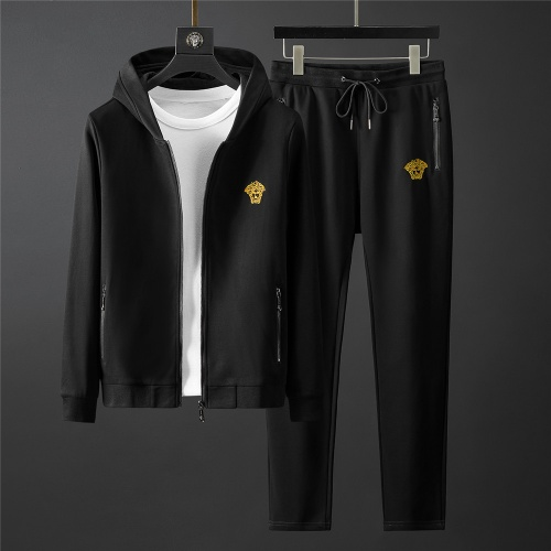 Versace Tracksuits Long Sleeved Zipper For Men #796843