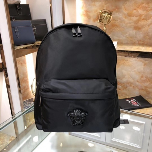 Versace AAA Man Backpacks #797625