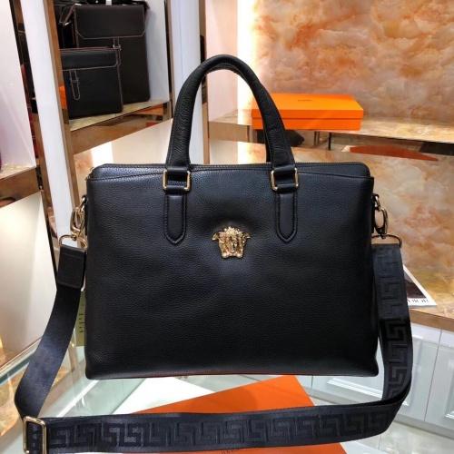 Versace AAA Man Handbags #797627