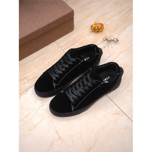 Versace Casual Shoes For Men #797890