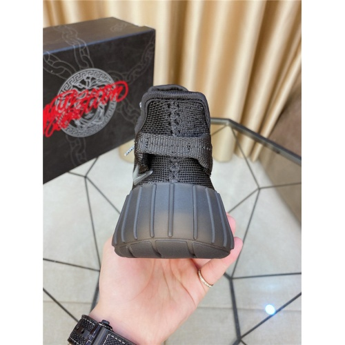 Replica Versace Casual Shoes For Men #797942 $73.72 USD for Wholesale
