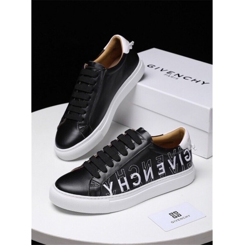 Givenchy Casual Shoes For Men #797981