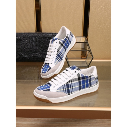 Burberry Casual Shoes For Men #798116