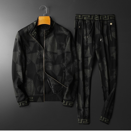 Versace Tracksuits Long Sleeved Hat For Men #798523