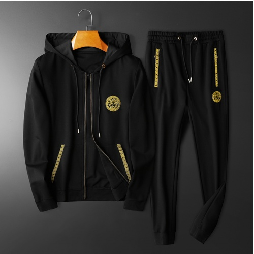 Versace Tracksuits Long Sleeved Hat For Men #798524
