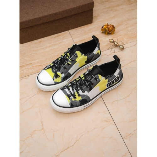 Valentino Casual Shoes For Men #798561