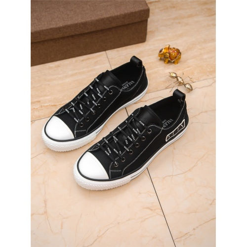 Valentino Casual Shoes For Men #798562