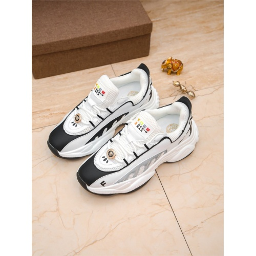 Versace Casual Shoes For Men #798585
