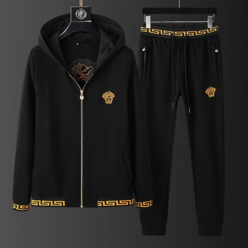 Versace Tracksuits Long Sleeved Hat For Men #798824