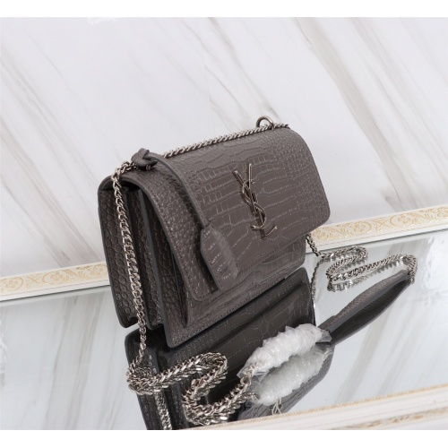 Yves Saint Laurent YSL AAA Quality Messenger Bags For Women #799051