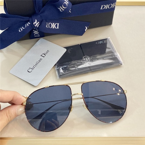 Christian Dior AAA Quality Sunglasses #799256
