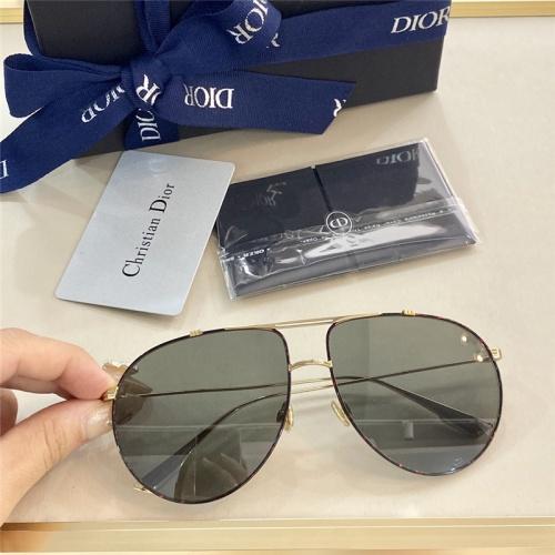 Christian Dior AAA Quality Sunglasses #799258