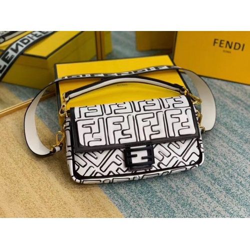 Fendi AAA Messenger Bags For Women #799318