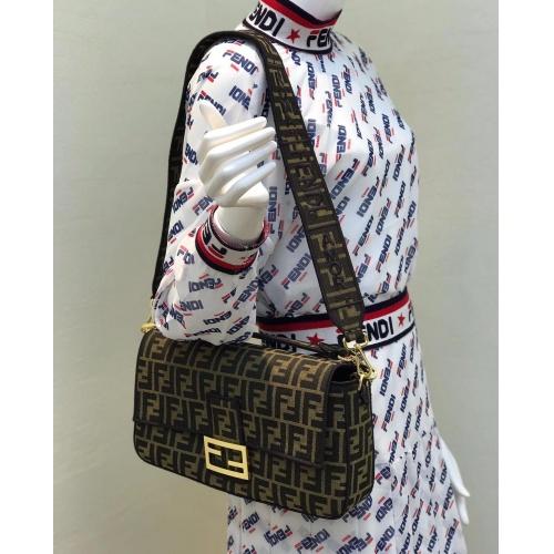 Fendi AAA Messenger Bags For Women #799333